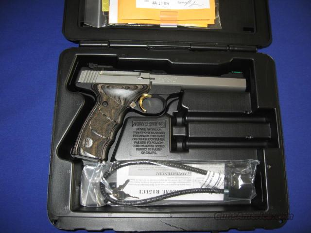 Browning Buck Mark Plus Stainless Black Laminated UDX 22LR Pistol  Guns > Pistols > Browning Pistols > Buckmark