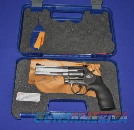 Smith and Wesson Model 686 357 Magnum Stainless Steel Revolver  Guns > Pistols > Smith & Wesson Revolvers > Full Frame Revolver