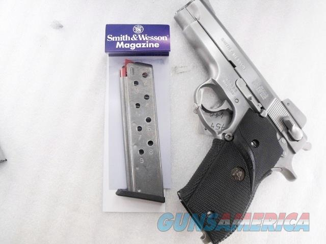 Smith & Wesson Factory 9 Shot 9mm Magazine 3900 Stainless fits models 39 439 639 3904 3906 Brand New S&W 19058  Non-Guns > Magazines & Clips > Pistol Magazines > Smith & Wesson