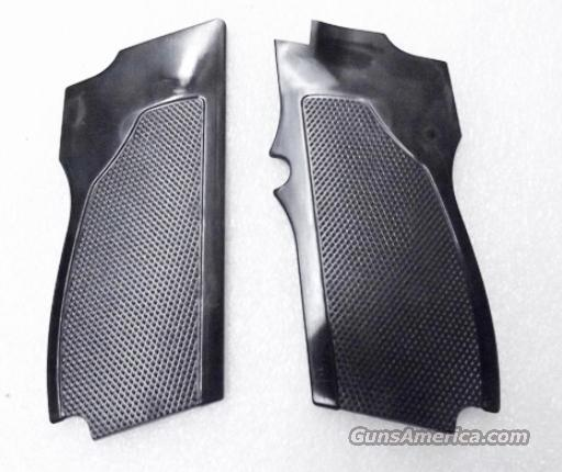 Smith & Wesson model 469 669 Grips Hard Black Polymer New Replacement S&W 9mm Compacts GR4669   Non-Guns > Gunstocks, Grips & Wood