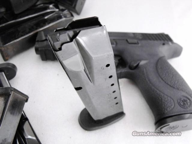 Smith & Wesson M&P 40 MP 357 Factory 15 Shot Magazines 19439 VG to Exc Condition .40 S&W .357 Sig Full Size Pistols Buy 3 Ships Free!  Non-Guns > Magazines & Clips > Pistol Magazines > Smith & Wesson