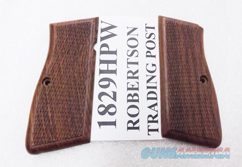 Browning Hi-Power FEG High Power Walnut Checkered Grips Surya India fit Arcus Kareen Daly 9mm .40 1829HPW  Non-Guns > Gunstocks, Grips & Wood