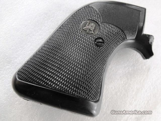 Grips Ruger Blackhawk Pachmayr RB Single Six Very Good  Fits Super Blackhawk with Round Trigger Guard Grip frame Only  Non-Guns > Gunstocks, Grips & Wood