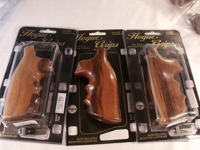 Grips S&W K or L Frame Square Butt Hogue Goncalo Alves Finger Groove Combat NIB Models 10 13 14 15 17 18 19 64 65 66 581 586 681 686   Non-Guns > Gun Parts > Grips > Smith & Wesson