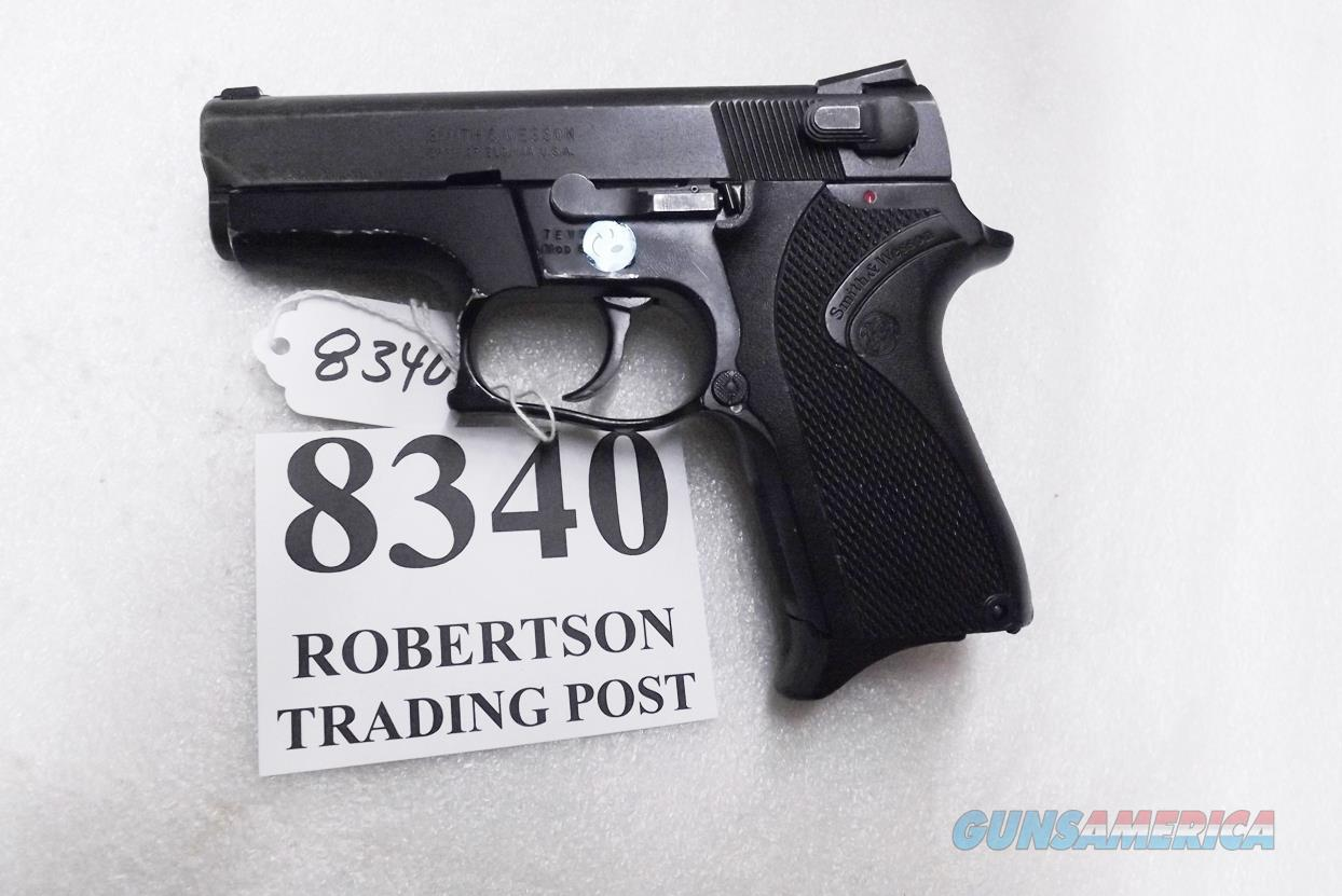 Smith & Wesson 9mm model 6904 Lightweight 13 Shot Compact 1992 Production 3 Dot 3 Safeties 1 Magazine 103106 S&W Square Trigger Guard Novak Sights  Guns > Pistols > Smith & Wesson Pistols - Autos > Alloy Frame