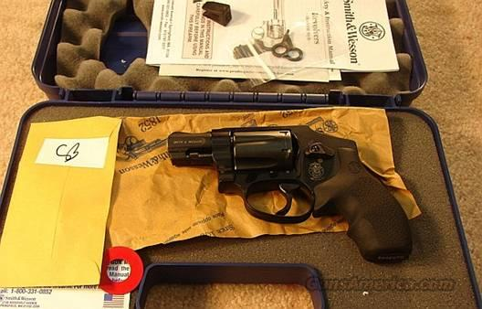 S&W 432PD .32 Mag Centennial Airweight Near Mint in Box Discont  Guns > Pistols > Smith & Wesson Revolvers > Pocket Pistols