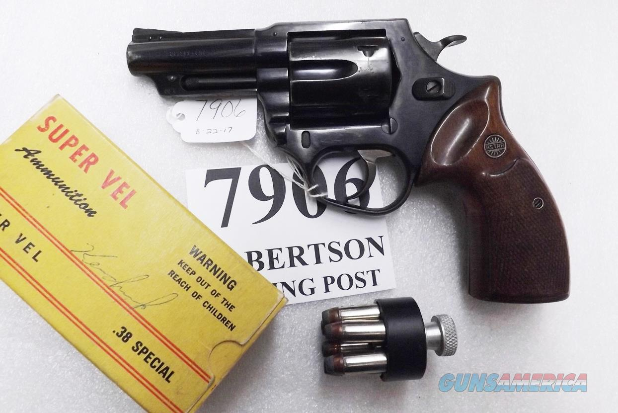 Astra Spain .38 Special Police model Large Frame Revolver 6 Shot 3 inch Blue Steel & Walnut Grips Good 1986 Guernica Vitoria Basque Municipal Police Issue +P OK  Guns > Pistols > Astra Pistols