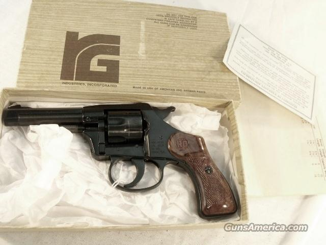 RG .22 Long Rifle RG23 Blue 3 3/8 inch Swingout RG Industries Near Mint in box 1975  Guns > Pistols > FIE Pistols