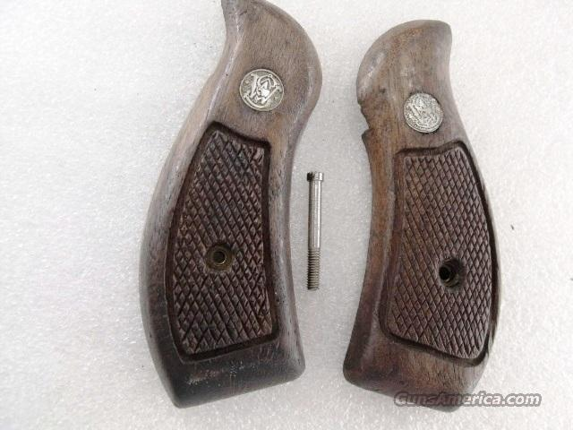 Smith & Wesson Grips K L Round Butt Factory Magna Service Goncalo GR0600  Non-Guns > Gunstocks, Grips & Wood