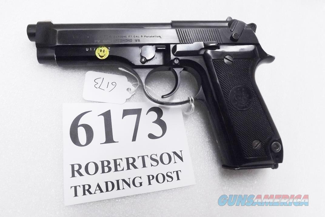 Beretta 9mm model 92S Italy Military Police Italian Carabinieri VG+ JS92F300M type / ancestor c1978 w1 15 round Magazine Factory Gloss Anodized Frame, Blue Barrel & Slide +GB  Guns > Pistols > Beretta Pistols > Model 92 Series