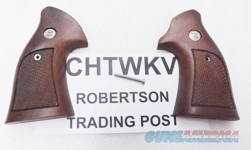 Charter Arms Factory Revolver Grips Target Conversion Round to Square Checkered Walnut Undercover Bulldog Off Duty Undercoverette Unissued 1990s Ansonia Production   Non-Guns > Gun Parts > Grips > Other
