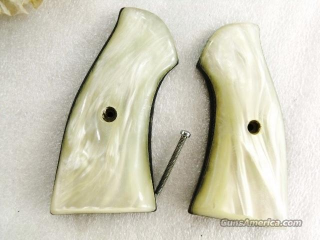 Grips for RG38 Old Model Revolvers Jay Scott Imit Pearl Laminate ca 1970 GR0578  Non-Guns > Gun Parts > Grips > Other