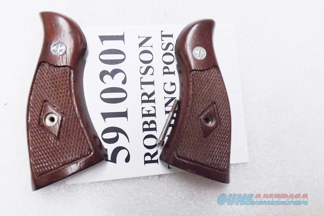 Smith & Wesson K or L Frame Grips Square Butt Service Magna Sile Italian Walnut New Old Stock 1980s Production   Non-Guns > Gunstocks, Grips & Wood