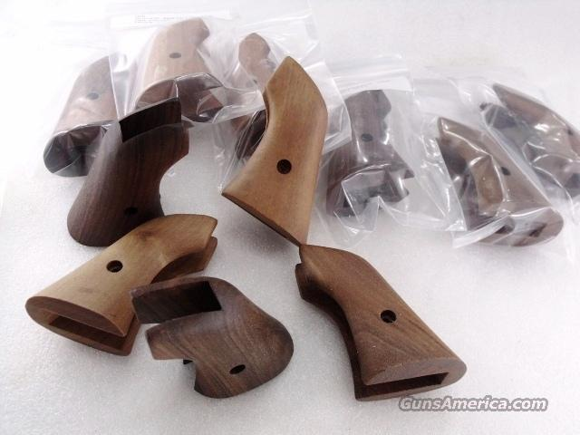 H&R Grips Factory Walnut 1 Piece models 649 949 676 976 No Screw GRHRG Unfinished and Unissued   Non-Guns > Gun Parts > Grips > Other