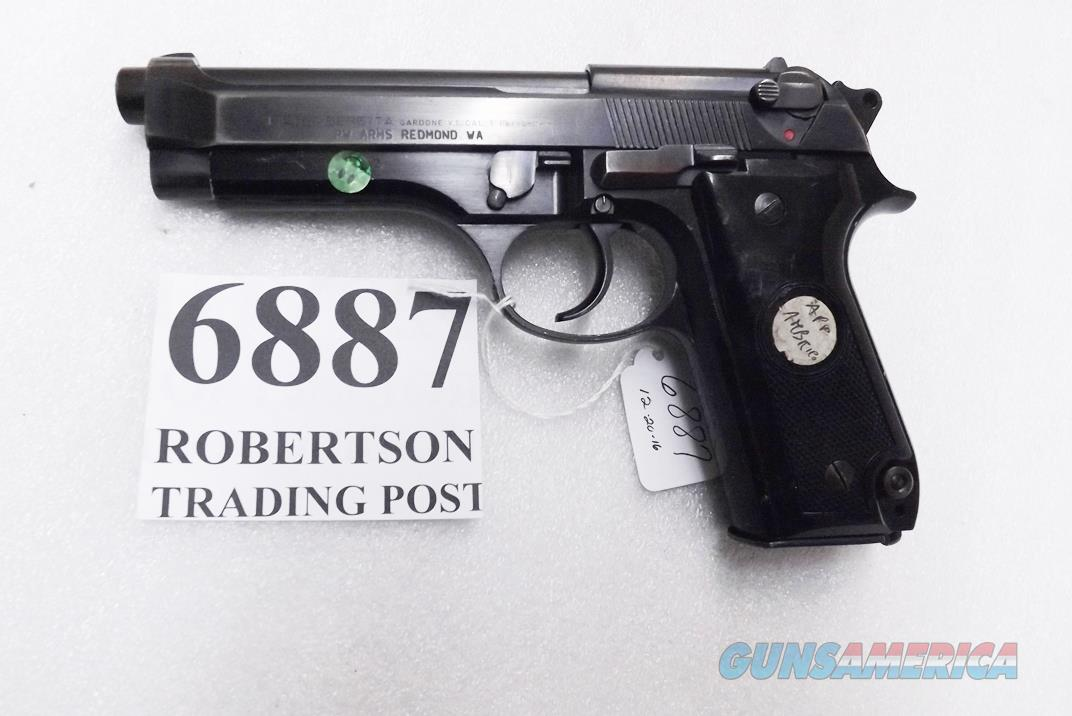 Beretta 9mm model 92S Italy Military Police Italian Carabinieri VG 1981 Ambrico Family Issue JS92F300M type / ancestor c1978 with 16 Round with 1 Pre-Ban Magazine  Guns > Pistols > Beretta Pistols > Model 92 Series
