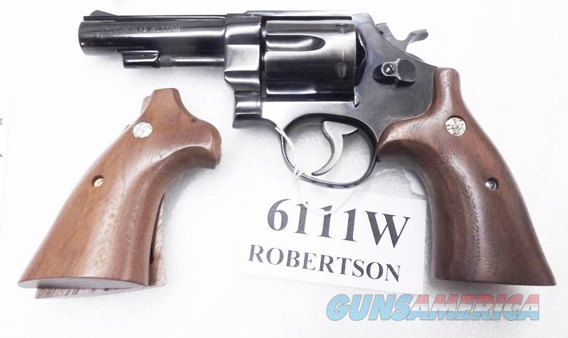 Smith & Wesson N Frame Square Butt Target Herretts Walnut Revolver Grips 6111W S&W Medallions Speedloader Compatible New Models 25 27 28 29 57 625 629   Non-Guns > Gun Parts > Grips > Smith & Wesson