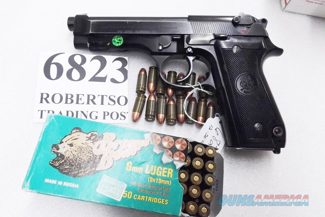Beretta 9mm model 92S Italy Military Police Italian Carabinieri VG 1977 First Year w1 15 round Magazine Factory Gloss Anodized Frame, Slide & Barrel c1978  Guns > Pistols > Beretta Pistols > Model 92 Series