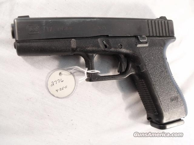 Glock 9mm model 17 VG 18 Shot 1 Magazine Tampa PD 1996 with Factory Night Sights    Guns > Pistols > Glock Pistols > 17