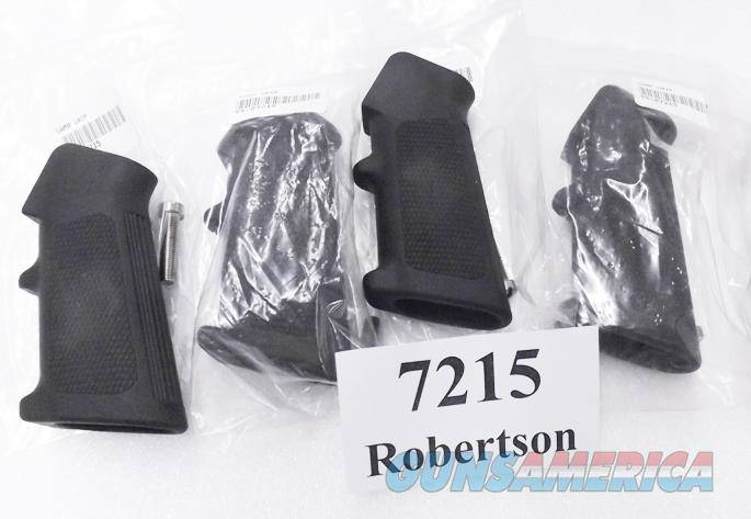 Colt AR15 A2 Grip with Screw New Hard Rubber Middle Finger Rest checkered laterals serrated backstrap New Unfired GR7215   Non-Guns > Gunstocks, Grips & Wood