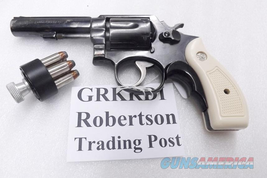 S&W K or L Frame Round Butt Imitation Ivory Revolver Grips for Smith & Wesson models 10 19 64 65 66 with Medallions GRKRDI Smith & Wesson Smooth Magna Small Type with Screw & Escutcheon  Non-Guns > Gunstocks, Grips & Wood