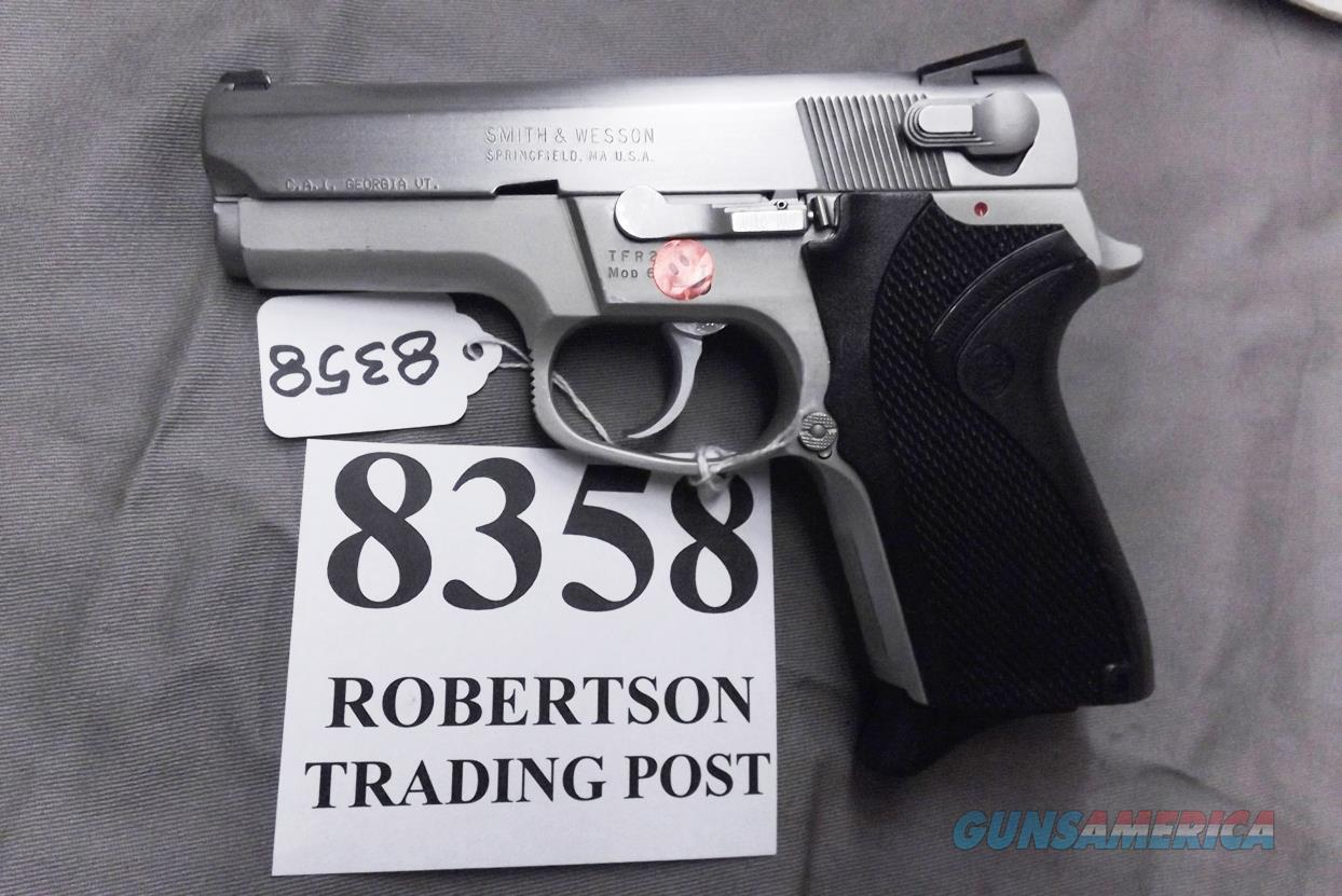 S&W 9mm 6906 Stainless Lightweight 1992 Production 3rd Trigger Guard Satin Trigger Hammer 13 shot 1 Magazine 108211 Very Good Condition  Guns > Pistols > Smith & Wesson Pistols - Autos > Alloy Frame