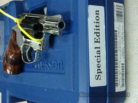 "Smith & Wesson model 36-10 Nickel/Blue 2-tone 2"" NIB Limited Ed  Guns > Pistols > Smith & Wesson Revolvers > Pocket Pistols"