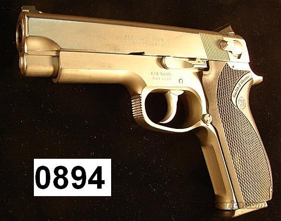 S&W 4566 Sts .45 ACP VG 1991, First Yr of Prod.  Guns > Pistols > Smith & Wesson Pistols - Autos > Steel Frame