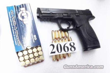 Smith & Wesson .40 M&P40 Magazine Safety 16 Shot 1 Magazine 40 S&W Caliber VG to Exc M&P 40 209200	  Guns > Pistols > Smith & Wesson Pistols - Autos > Polymer Frame
