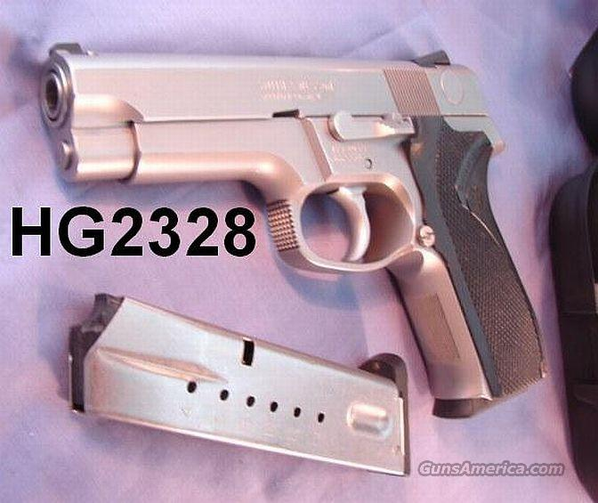S&W 9mm 5946 Stainless DAO VG w/2 Hi-Cap Pre-Ban 14 Rd Magazines 1992  Guns > Pistols > Smith & Wesson Pistols - Autos > Steel Frame