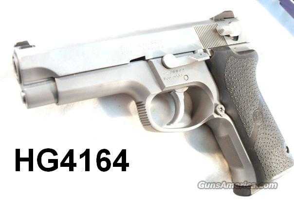 S&W 9mm 5906 SS Exc 1993 Refin. 2 Mags Hogues S&W Box & Manual  Guns > Pistols > Smith & Wesson Pistols - Autos > Steel Frame