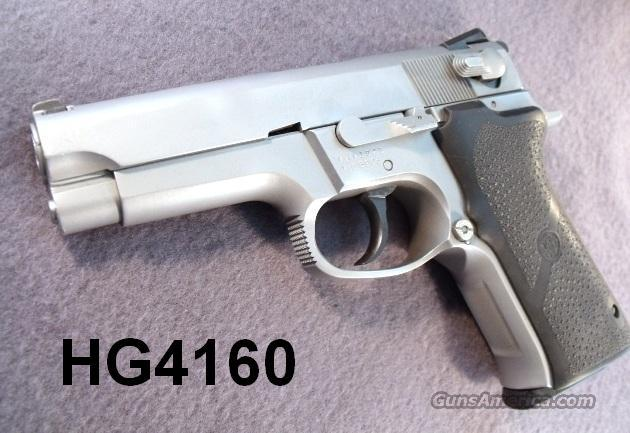 S&W 9mm 5906 SS Exc 1995 Refin. 2 Mags Hogues S&W Box   Guns > Pistols > Smith & Wesson Pistols - Autos > Steel Frame
