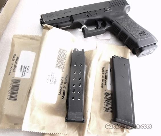 Lot of 12 Glock Magazines .40 S&W Model 22 KCI 15 Shot $23 per x 12 Free Falling Steel Inner New Fits Glock Models 22, 23 and 27 Fits .357 Sig Caliber Variants too  Non-Guns > Magazines & Clips > Pistol Magazines > Glock