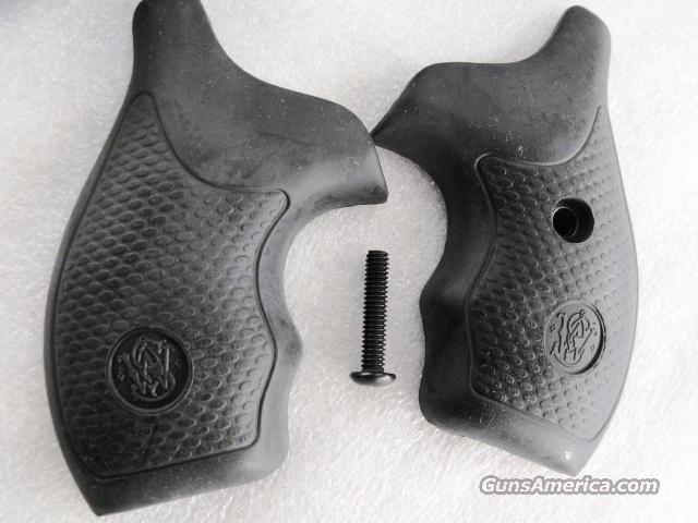 Smith & Wesson Grips Factory Boot Grip J Frame Black Synthetic GR41303  Non-Guns > Gunsmith Tools/Supplies