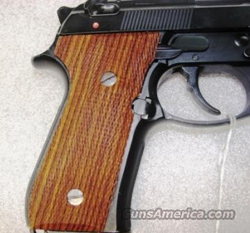 Grips Beretta 92F / FS Herretts Checkered Cocobolo 92F 92FS Berettas   Non-Guns > Gunstocks, Grips & Wood