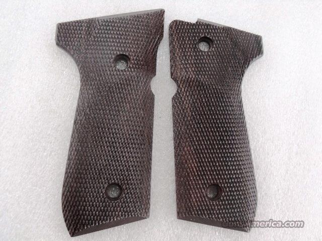 Beretta 92FS Grips Herretts Cut Checkered Cocobolo 92 96 series GRTAR2G  Non-Guns > Gun Parts > Grips > Other