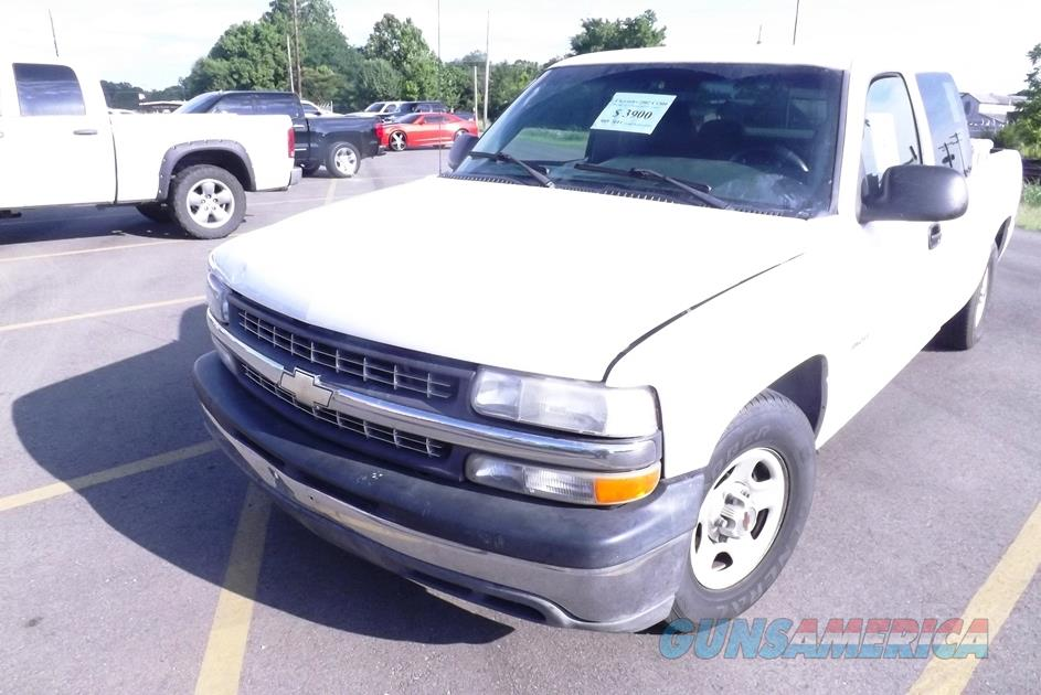 2002 Chevy C1500 Comcast Fleet Club Cab Pickup Truck 209000 miles 350 runs good 16 mpg Weak Paint Chevrolet GM  Non-Guns > Camps & Land