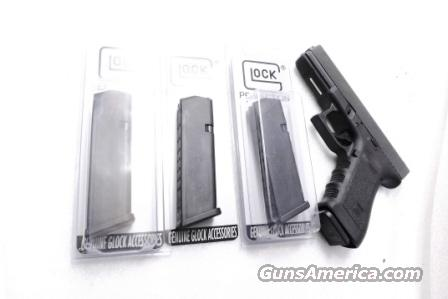 Lots of 3 or more Glock Model 17 Factory 17 shot Magazines 9mm 17 High Capacity Gen 3 and Gen 4 NIB $26 per on 3 or more  Non-Guns > Magazines & Clips > Pistol Magazines > Glock
