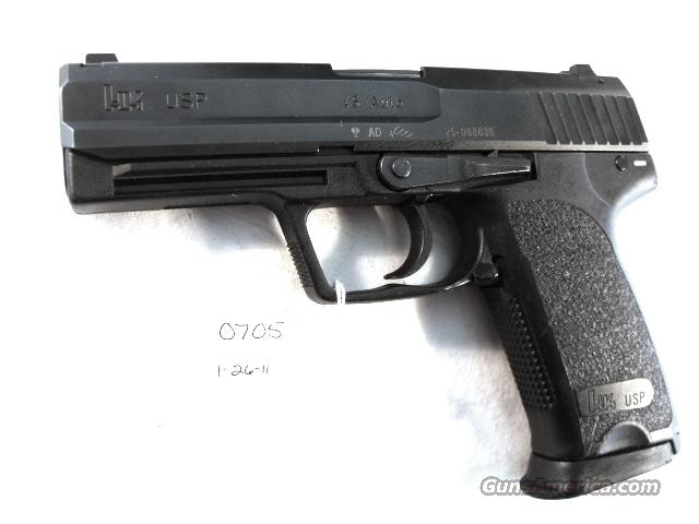 Heckler & Koch USP 45 Automatic Variant 2 Left Hand Shooter .45 ACP 2 LE High Capacity Magazines Factory Night Sights New Hanover County North Carolina Sheriff's Department manufactured 2003 #704502.    Guns > Pistols > Heckler & Koch Pistols > Polymer Frame