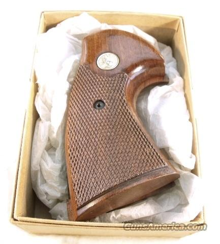 Grips Colt Python Factory Target Walnut exc. 1980s  Non-Guns > Gun Parts > Grips > Other