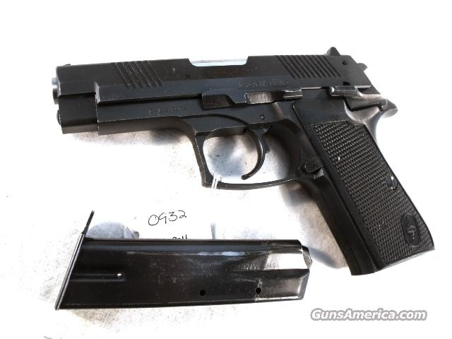 Bernardelli 9mm model P1 P One Compact Lightweight Matte Blue 16 Shot 1 CZ-75 Magazine VG Israeli Police mfg 1995 Bernadelli [sic] P-1   Guns > Pistols > Surplus Pistols & Copies