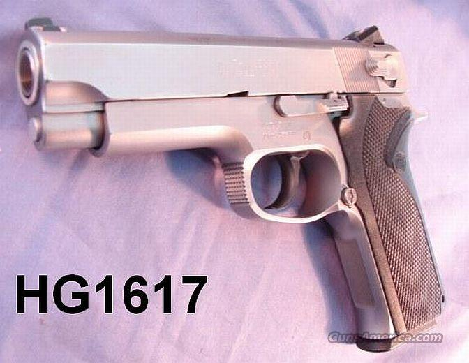S&W .45 ACP 4566 Commander Size Stainless VG Box & 2 Mags  Guns > Pistols > Smith & Wesson Pistols - Autos > Steel Frame