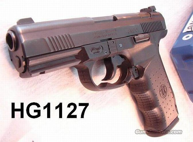 Walther / S&W 99 .45 Night Sights Exc in Box w/2 Mags   Guns > Pistols > Smith & Wesson Pistols - Autos > Polymer Frame