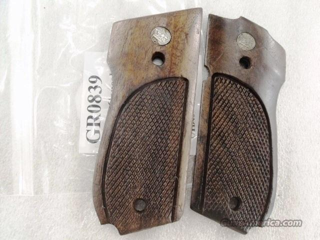 Smith & Wesson model 39 439 639 Factory Goncalo Grips 1980s GR08XX fits Non Ambidextrous Variants Only Good Condition  Non-Guns > Gun Parts > Grips > Smith & Wesson