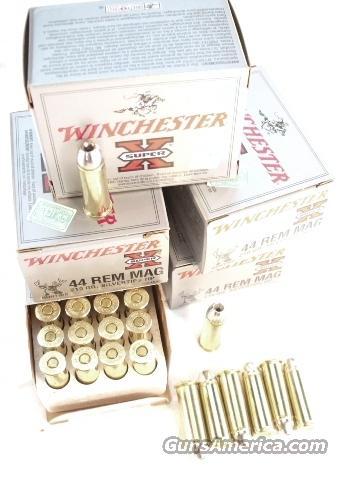 Ammo: .44 Magnum Winchester Silvertip 80 Round Lot of 4 Boxes 210 grain 20 round Boxes 44 Mag Hollowpoint Hollow Point SHP Ammunition Cartridges  Non-Guns > Ammunition