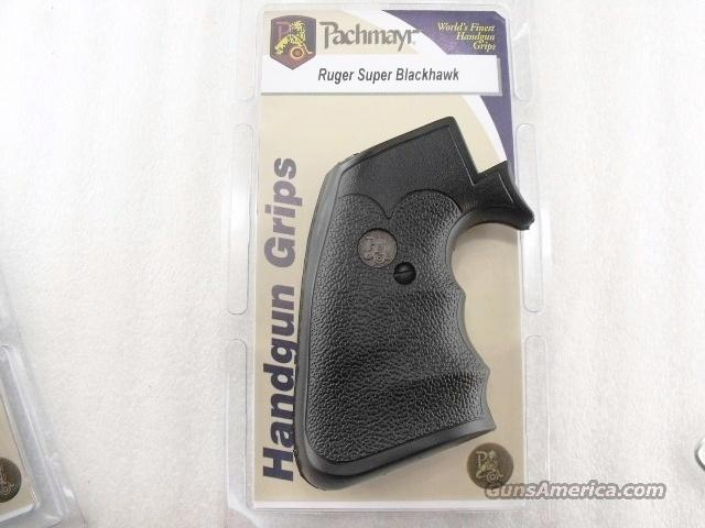 Grips Ruger Super Blackhawk Pachmayr RB Single Six NIB Fits Super Blackhawk with Square Dragoon Type Trigger Guard Only  Non-Guns > Gun Parts > Grips > Smith & Wesson