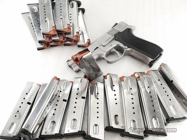 Lots of 3 or more Magazines S&W 9mm 5900 Stainless 15 Shot Excellent 3x$33 Smith & Wesson models 59 459 659 5903 5906 5946    Non-Guns > Magazines & Clips > Pistol Magazines > Smith & Wesson