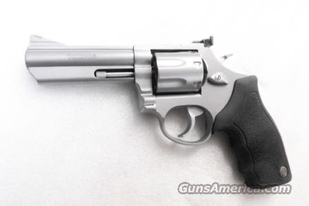 Taurus .357 Magnum Model 66 Stainless Exc in Box 4 inch Full Lug Heavy Barrel 7 Shot 357 Mag model M66 #2660049 S&W 686 type  Guns > Pistols > Taurus Pistols/Revolvers > Revolvers