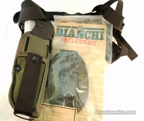 Bianchi UM-84 Military Paratrooper Rig Complete Near Mint late 1980s GL203  Non-Guns > Holsters and Gunleather > Military