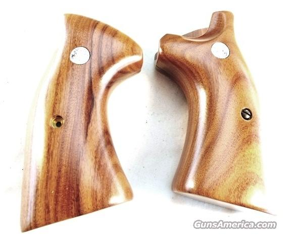 Grips S&W K or L Square Butt Smooth Target New Factory Brown Laminate with Logos Smith & Wesson Models 10 13 14 15 17 18 19 64 65 66 581 586 681 686   Non-Guns > Gunstocks, Grips & Wood