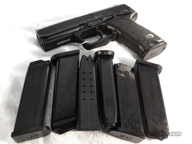 Magazine H&K .40 USP 13 Round Ban Period ca 2001 LE Law Enforcement marked Very Good Condition Heckler and Koch 40 Smith & Wesson or 357 Sig caliber  Non-Guns > Magazines & Clips > Pistol Magazines > Other
